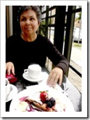 mujer_tomando_cafe