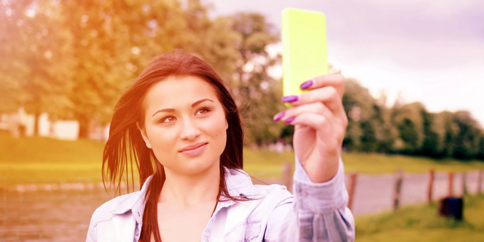 10 consejos para salir bien en las fotos que te haces tú misma