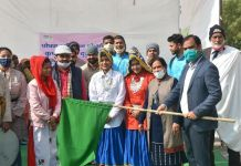 Deputy Commissioner flagged off drama to congregations