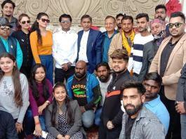 The shooting of the film Bhojpuriya Betta was done at Karmaveer Garden in Muhurt Sector-11.