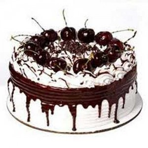 Black Forest Fresh Cream Eggless Cake Half Kg