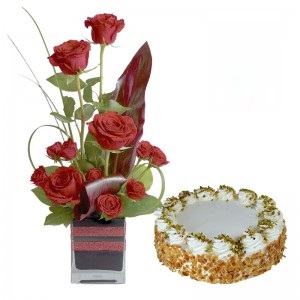 12 Red Roses Arranged In Glass Vase With 1 Pound Butterscotch Fresh Cream Cake