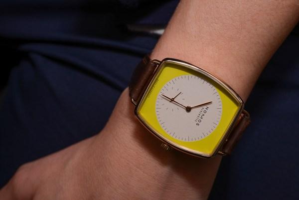 Nomos Lux Cicada – часы для ярких и креативных женщин