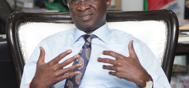 GENCOs are blackmailing us, Fashola cries out