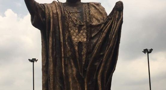 Gov. Ambode unveils new statue in honor of MKO Abiola