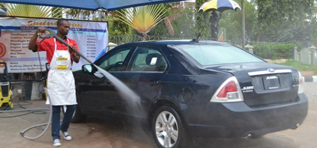 Lagos serves contravention notices to car wash operators