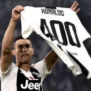 Cristiano Ronaldo honoured after scoring 400 goals across Europe