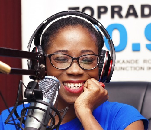Tributes pour in as popular broadcaster, Tosyn Bucknor passes away at 37