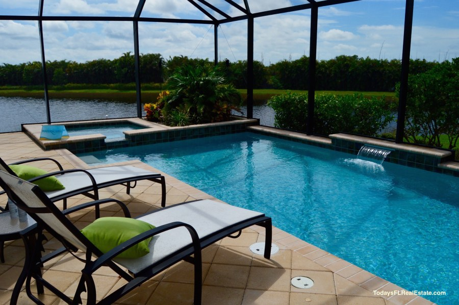 Swimming Pool Homes Cape Coral   Cape Coral Real Estate   Swimming     swimming pool homes cape coral  cape coral swimming pool homes for sale