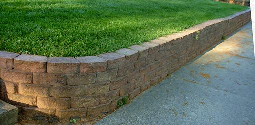 How To Build Retaining Wall Corners Today S Homeowner