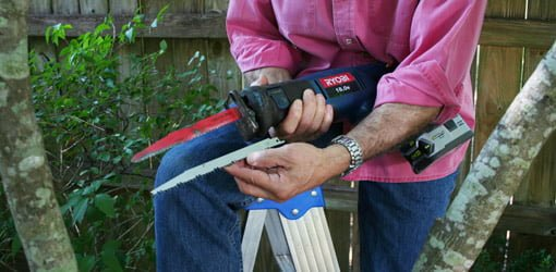 Using a reciprocating saw to prune tree branches todays homeowner standard vs pruning blade for reciprocating saw greentooth Image collections