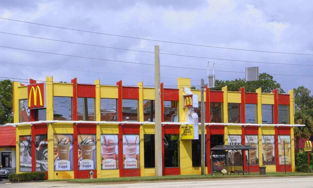 Fast Food Restaurants Serve Breakfast