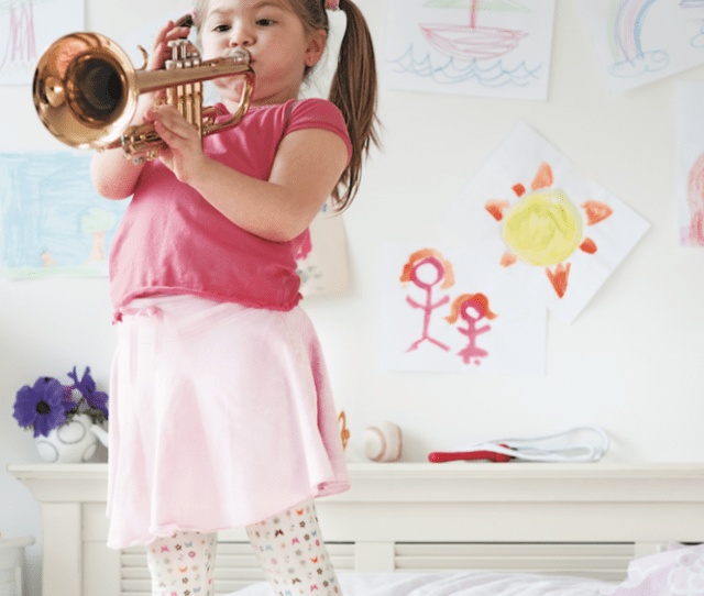 Recent Research Identifies An Optimal Age For Putting Your Kids In Music Lessons