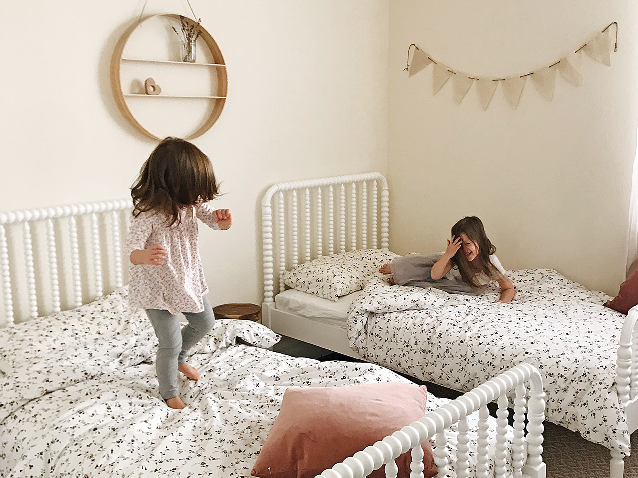 Siblings Sharing A Bedroom 10 Tips For Making It Work