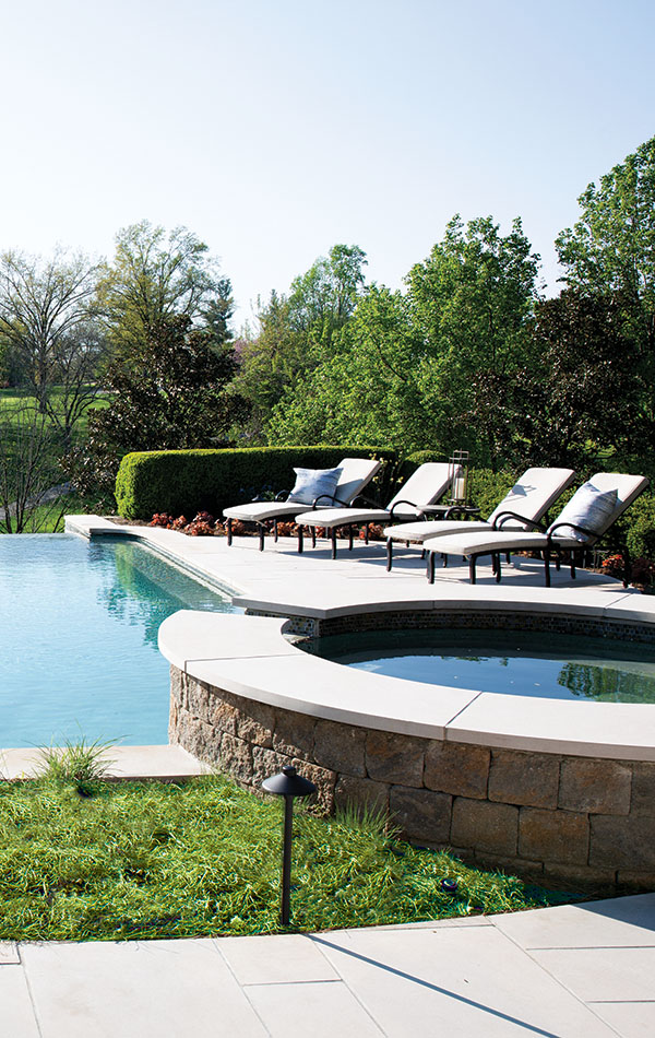Dive into an Outdoor Oasis