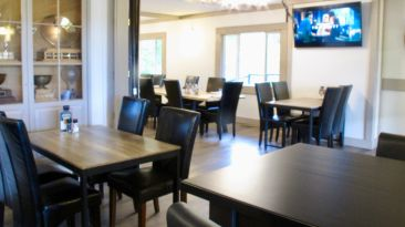 Restaurant in Clubhouse
