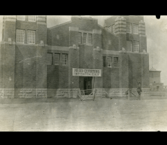 Recruiting headquarters for 187 Battalion at the Red Deer Armouries, June 1916, Photo P4155