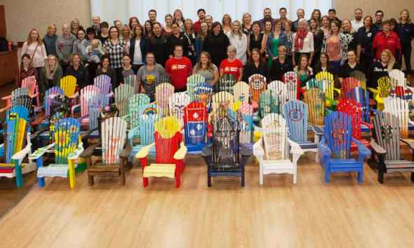 Lacombe's chairs for charity