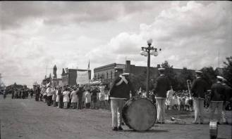 Cenotaph 1927 Red Deer Archives N268