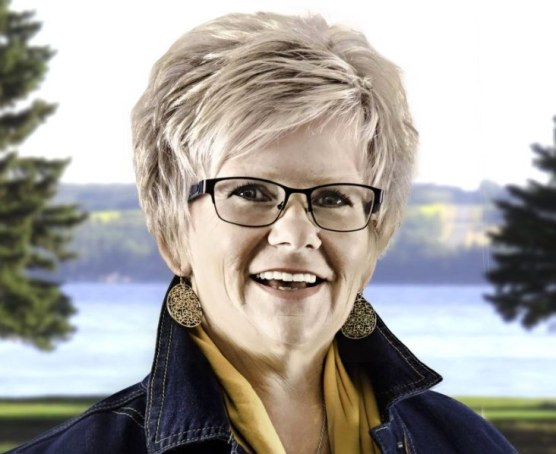 sylvan lake town councillor