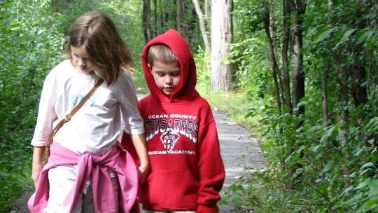 Elisabeth and Max on the way to school