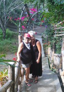 Donna and Heidi, Bahia besties