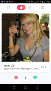 tinder perfiles completos