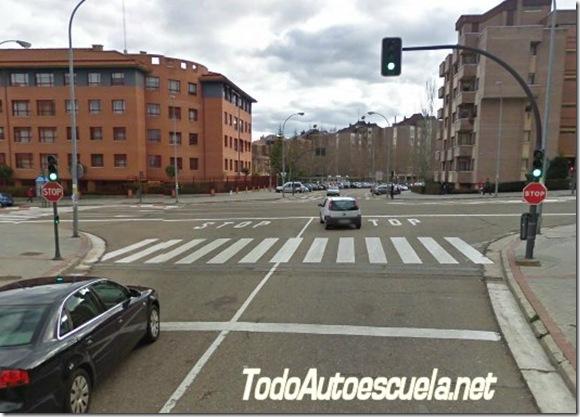 semaforo_apagado_STOP