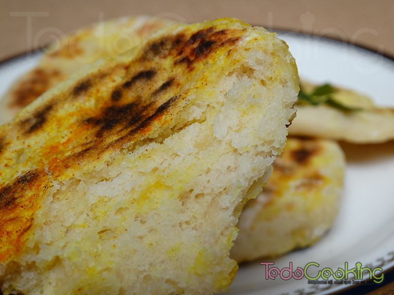 Pan naan o pan hindú con queso