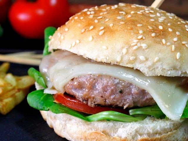 hamburguesas de ternera aliñadas