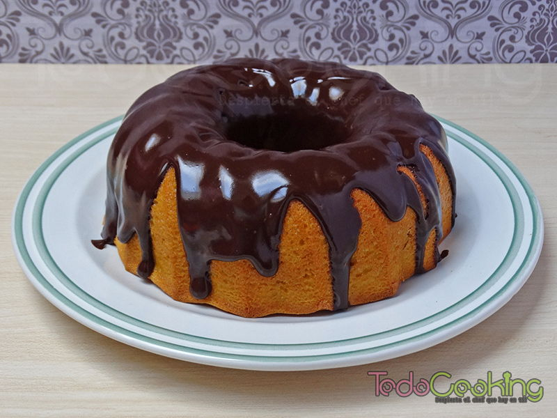 Bizcocho de zanahoria con chocolate negro 02