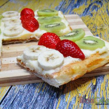 Tarta de hojaldre con frutas y crema pastelera 01