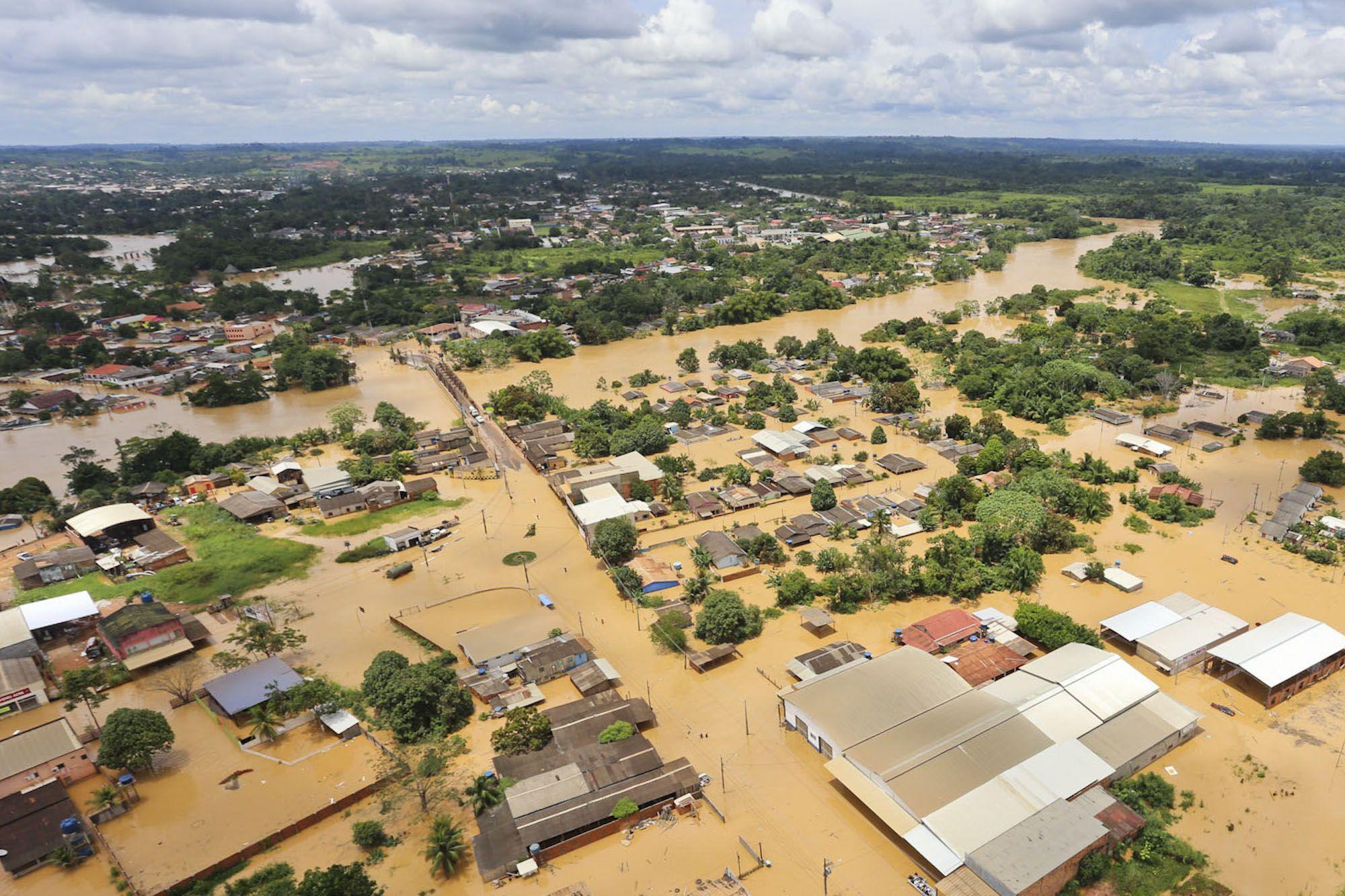 Resultado de imagem para enchente