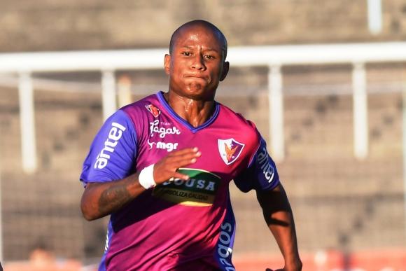 Mathias Acuña, nuevo jugador de Wanderers – TODOFICHAJES.COM