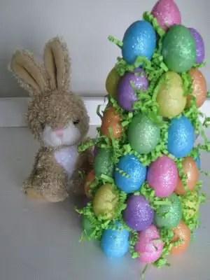 Como hacer un árbol decorativo con huevos de pascua