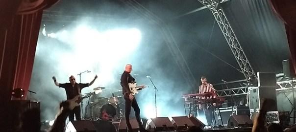 Imagen de Ilegales en concierto