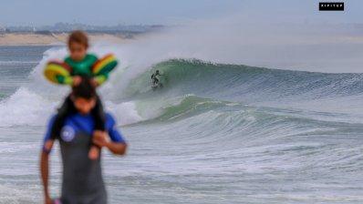 ¡Qué buenas olas en Francia!