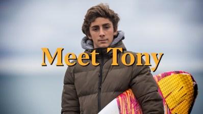 Surfer De Olas Gigantes a los 15 Años