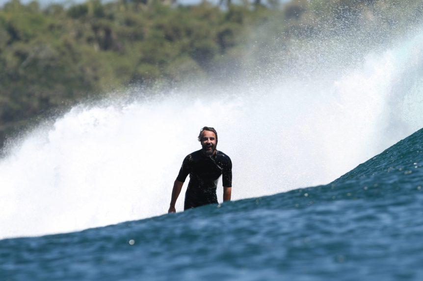 surfista paraíso