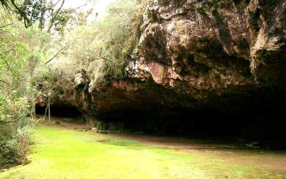 cuevas uruguay