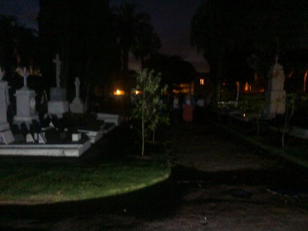 Paseos por el Cementerio Británico