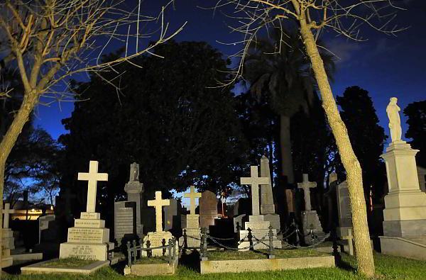 Tumbas del Cementerio Británico