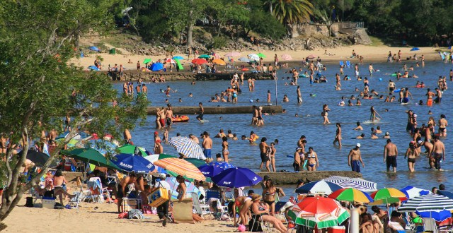 Playa de balneario Las Cañas
