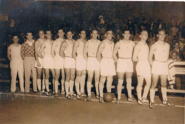 Selección Uruguaya de Básquetbol foto antigua