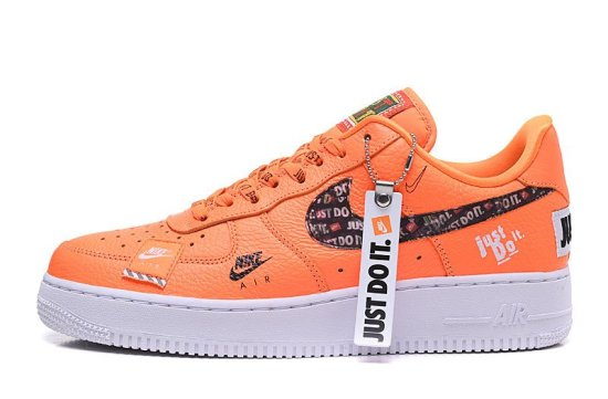 "NIKE Air Force 1 Low ""Just Do It"" Naranjas"