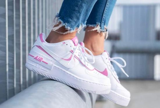NIKE Air Force 1 Shadow Blancas y Rosas 4