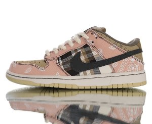 "Travis Scott x Nike SB Dunk Low""Jackboys"