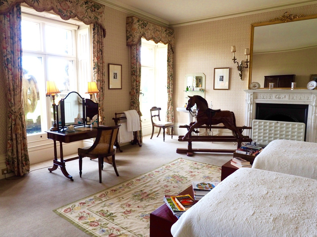 How To Visit Downton Abbey And Almost Have Tea With Lady