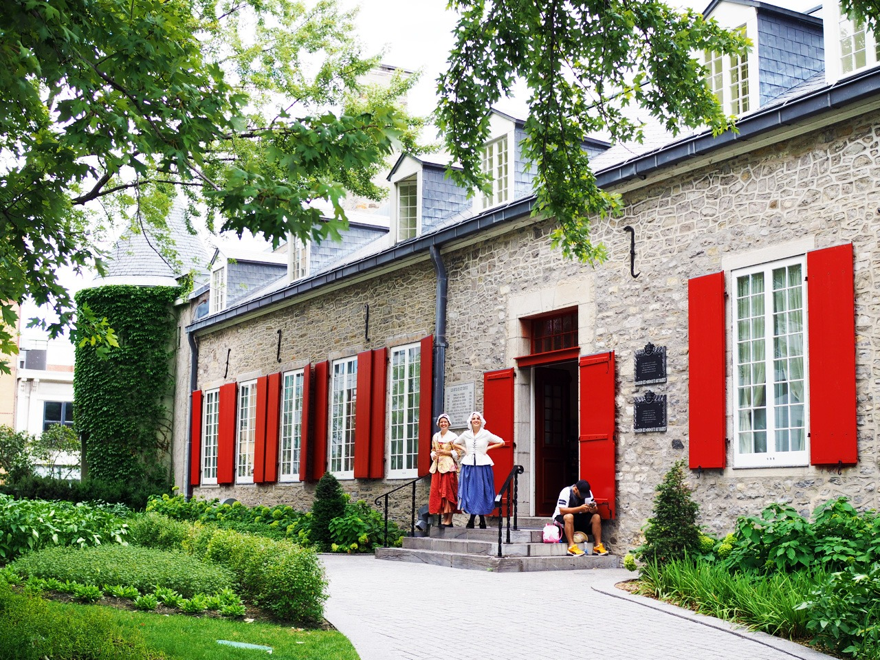 Château Ramezay - Things to Do in Old Montreal