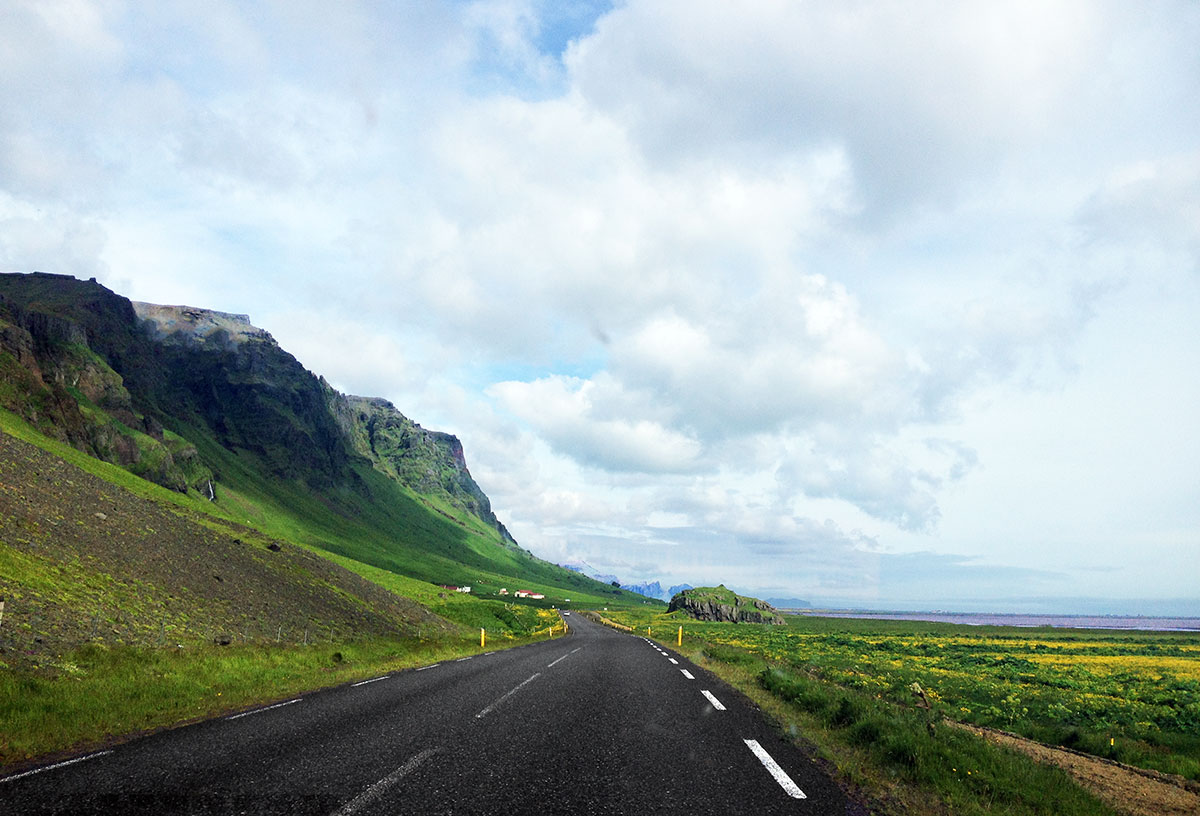 Driving-in-South-Iceland---The-Best Day-Trips-From-Reykjavik
